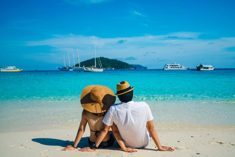 Wyjazd za granicę – jakie ubezpieczenie do Tajlandii?