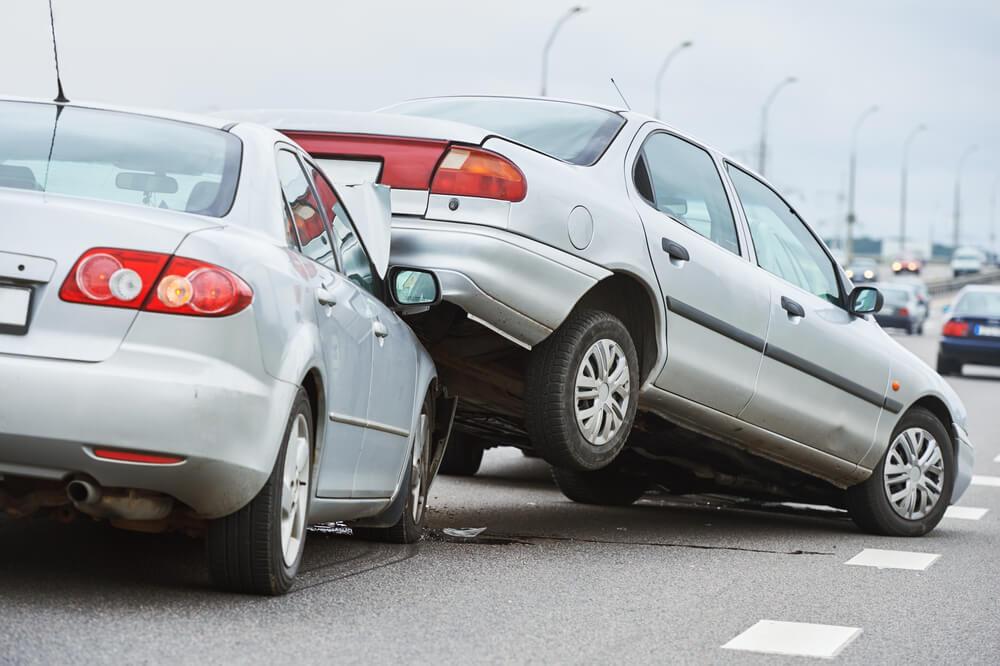 Zakres ubezpieczenia OC pojazdu obejmuje różnego rodzaju szkody