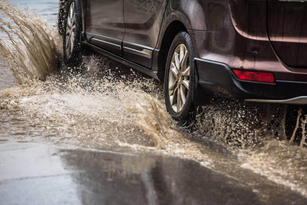 Szkoda całkowita AC – zalany samochód
